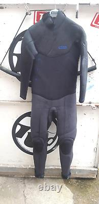 2019 Ion Strike Amp 5.5/4.5 MM Back Zip Winter Wetsuit Used Size Large