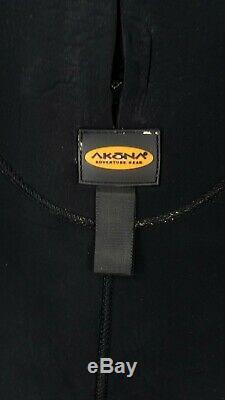 Akona Adventure Gear Quantum Stretch Wetsuit 7mm Large Scuba Gear Dive Equipment