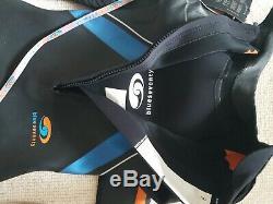 Blueseventy Helix Mens swimming triathlon wetsuit size Large BNWT