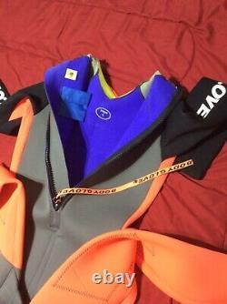 Body glove wetsuit mens sz Large Long Sleeve