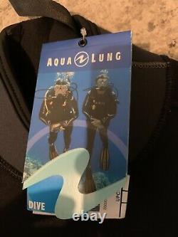 Large Aqua Lung Diving Suit