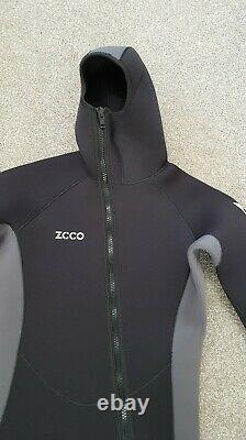 Large hooded 5mm full length ZCCO winter wetsuit 40 chest