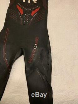 Men's TYR Category 5 Hurricane Wetsuit, Size Medium/Large MSRP $750