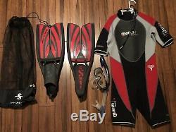Mens Large Scuba Wet Suit and snorkel gear