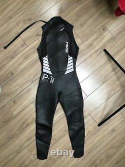NWOT. 2XU P1 Propel Sleeveless Wetsuit Men's. Size L