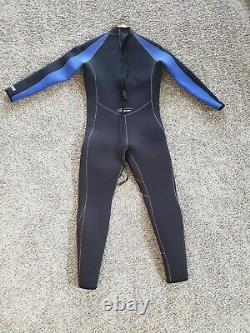 NeoSport Wetsuit bundle, size Large 7/5mm suit with large hood, boots, gloves