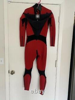 Nineplus RFS 2/1 Wetsuit Large