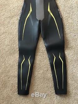 Roka Maverick Pro II Triathlon Wetsuit Mens Medium-Large