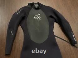 Xcel 3/2 Full Wetsuit Men's ML Medium/Large Offset Zip