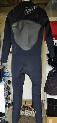 Xcel Infinity Fullsuit Wetsuit 4/3mm X-Zip Large