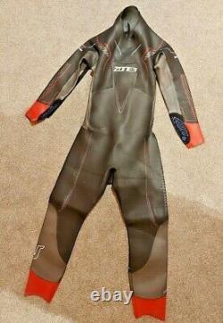 Zone 3 Vanquish swimming triathlon wetsuit EX RENTAL RETURN L Large